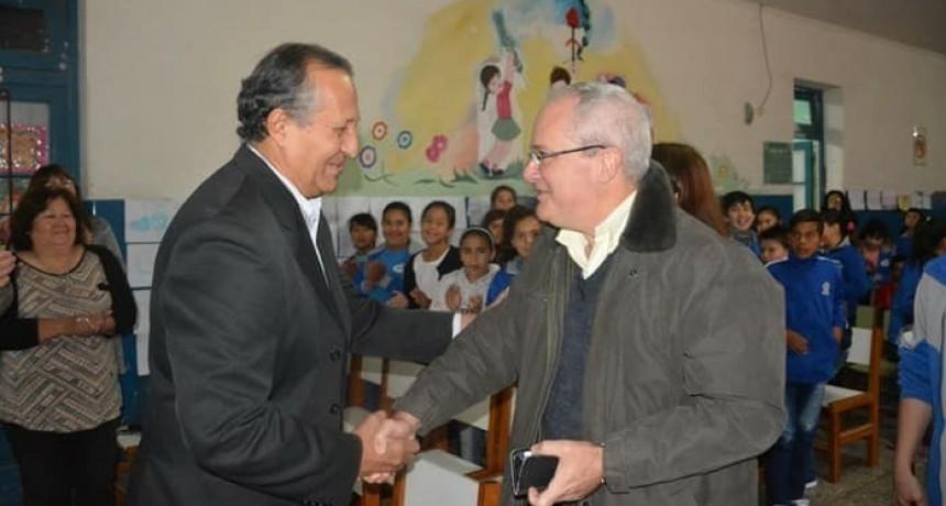 JUNTO A LA EEP N°389 PAPP RECIBIÓ AL ESCRITOR CHAQUEÑO HUGO MITOIRE