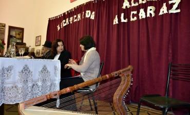 ALCIRA ALCARÁZ PRESENTÓ SU LIBRO EN EL MUSEO HISTÓRICO Y REGIONAL