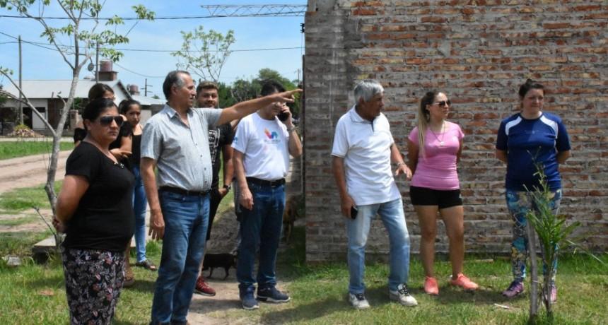 CONSTRUCCIÓN DE PLAZA EN ESPACIO VERDE DEL BARRIO 100 VIVIENDAS