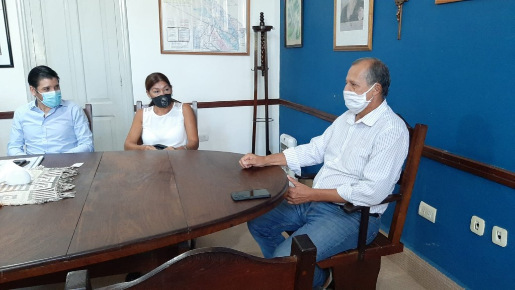 EL INTENDENTE PAPP RECIBIÓ A VOCAL DEL IPDUV PARA ANALIZAR EL PROYECTO DE VIVIENDAS PARA DOCENTES