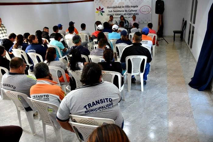 GUSTAVO PONCE DE LEÓN PRESENTÓ AL CUERPO DE INSPECTORES A LA NUEVA JEFA DEL DEPARTAMENTO DE TRÁNSITO