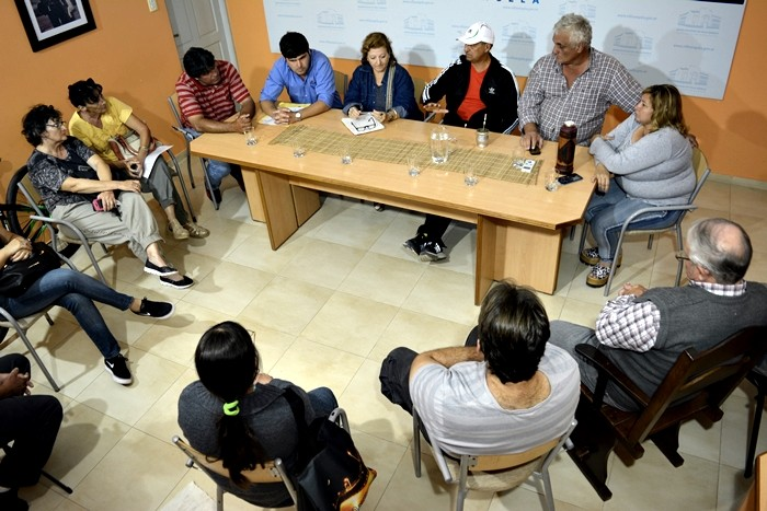 REUNIÓN DE LA COMISIÓN DE SANIDAD VEGETAL: PRODUCTORES SOLICITARÁN AL GOBERNADOR QUE LA APA LIMPIE CANALES