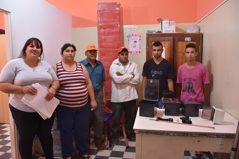 DESARROLLO SOCIAL COLABORA CON CONEXIONES DE LUZ PARA VECINOS DE LA QUINTA 5