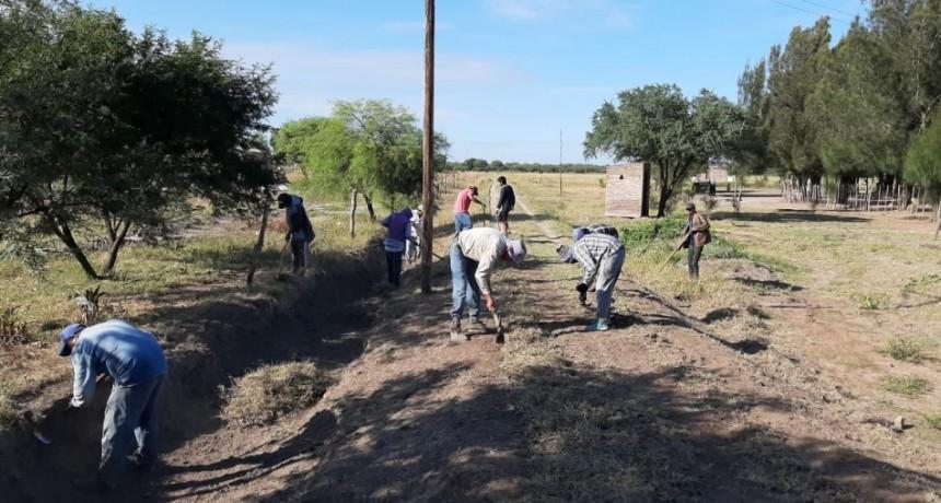LA MUNICIPALIDAD COORDINA TAREAS DE MANTENIMIENTO EN LA COLONIA EL PASTORIL