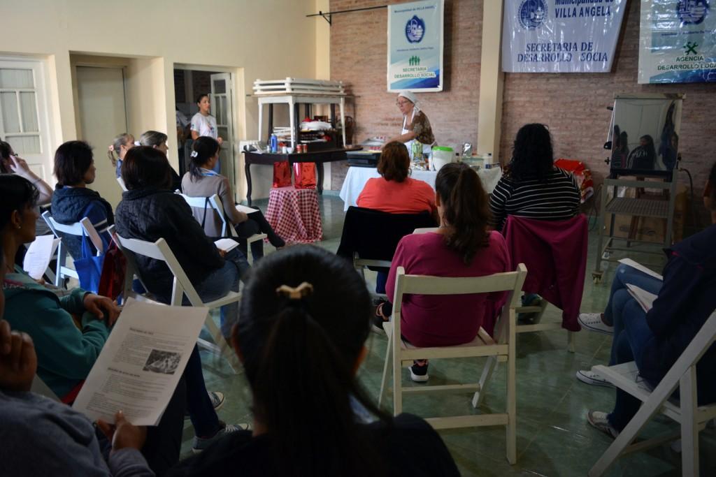 GRAN PARTICIPACIÓN EN EL TALLER GRATUITO DE COCINA PARA CELÍACOS