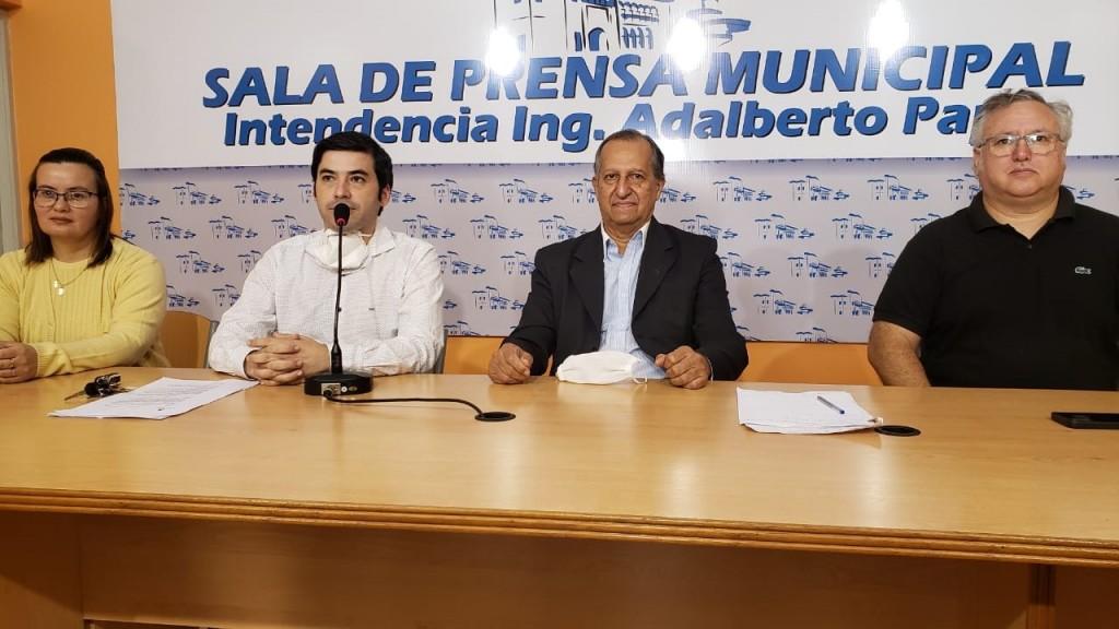 """EL INTENDENTE PRESENTÓ A LAS NUEVAS AUTORIDADES DEL HOSPITAL """"SALVADOR MAZZA"""""""