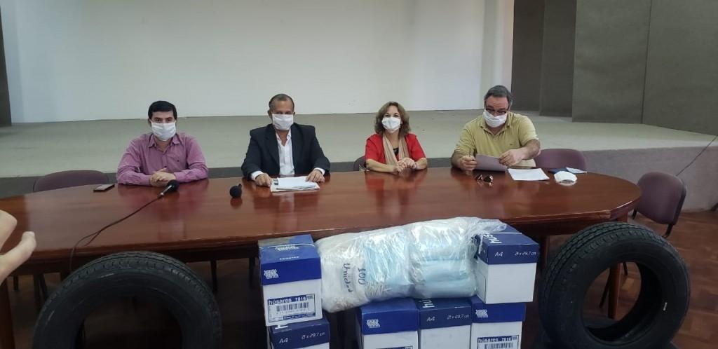EL MUNICIPIO ENTREGÓ ELEMENTOS PARA EL HOSPITAL SALVADOR MAZZA Y ZONA SANITARIA