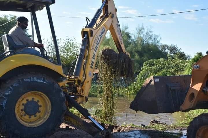 EL MUNICIPIO CONTINÚA CON LAS TAREAS DE MANTENIMIENTO DE CANALES