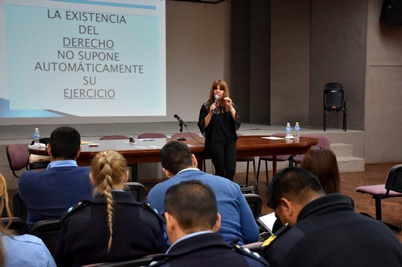 DESARROLLO SOCIAL ARTICULÓ CAPACITACIÓN PARA TRABAJADORES QUE RECEPCIONAN DENUNCIAS SOBRE VIOLENCIA DE GÉNERO