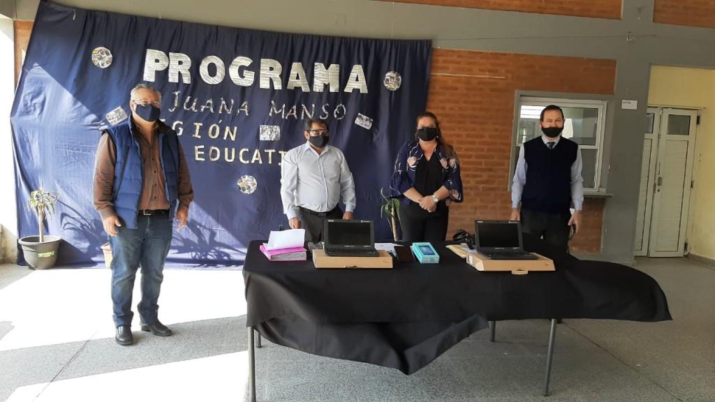 """EL MUNICIPIO ACOMPAÑA EL PROGRAMA NACIONAL DE CONECTIVIDAD  """"JUANA MANSO"""""""