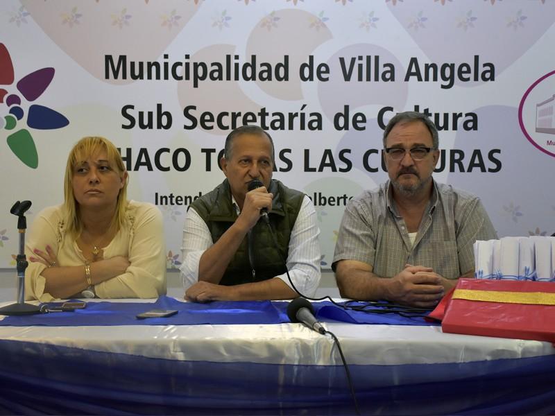 POR RESOLUCIÓN MUNICIPAL EL INTENDENTE RECONOCE A JÓVENES VILLANGELENSES DESTACADOS