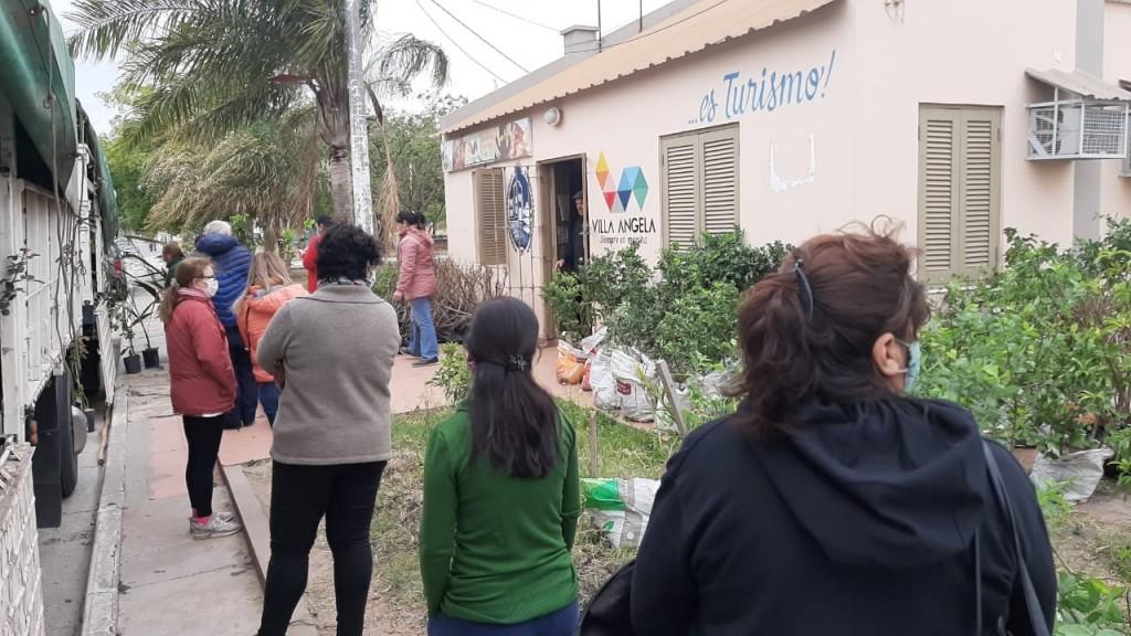 AGENCIA DE DESARROLLO LOCAL DEL MUNICIPIO ARTICULÓ ENTREGA DE 1700 PLANTINES DE FRUTALES EN VILLA ÁNGELA