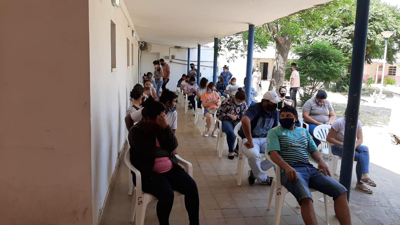 EL MUNICIPIO ACOMPAÑÓ EL NUEVO OPERATIVO DE ENTREGA DE TARJETAS ALIMENTAR
