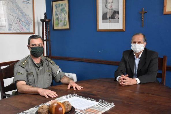 EL INTENDENTE PAPP COORDINÓ PROYECTOS CON GENDARMERÍA NACIONAL