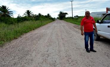 ELEODORO QUIROZ SUPERVISA TRABAJOS DE RIPIADO Y DESMALEZADO EN VILLA ÁNGELA