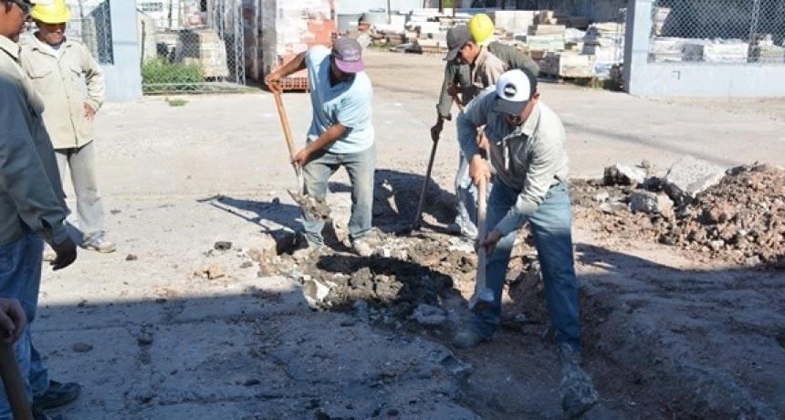 EL MUNICIPIO DE VILLA ÁNGELA AVANZA EN EL BACHEO CON TRES NUEVOS ARREGLOS SOBRE CALLE BELGRANO