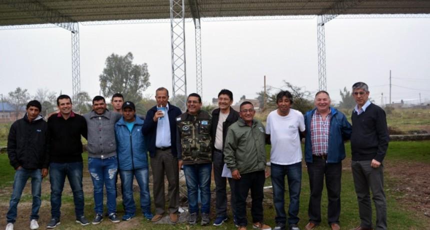 PAPP DESTACÓ LA RÁPIDA CONSTRUCCIÓN DEL TINGLADO PARA LA ASOCIACIÓN DE VETERANOS DE MALVINAS