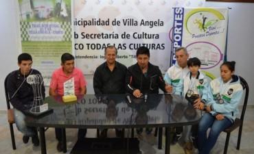 EL MUNICIPIO RECONOCE A VILLANGELENSES DESTACADOS EN EL RURAL BIKE Y EL KARATE CHAQUEÑOS