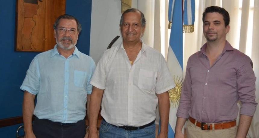 EL INTENDENTE PAPP DISTINGUIÓ A MARK ZSONDA COMO CIUDADANO EMBAJADOR