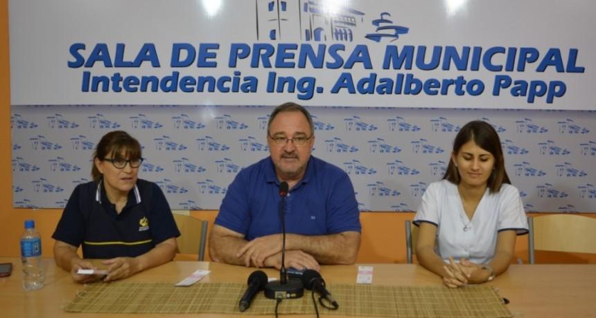 MUNICIPALIDAD AUSPICIA CHARLA SOBRE PREVENCIÓN DE CÁNCER DE MAMA EN LA CASA DEL BICENTENARIO