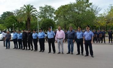 """EL INTENDENTE PAPP PARTICIPÓ DE LA PRESENTACIÓN DEL SERVICIO DE PREVENCIÓN POLICIAL PROVINCIAL """"FELICES FIESTAS"""""""