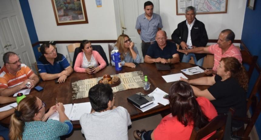 LA COMISIÓN DE EMERGENCIA TRABAJA JUNTO AL MUNICIPIO PARA RESOLVER LOS PROBLEMAS LUEGO DE LAS INTENSAS PRECIPITACIONES